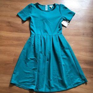 NWT LuLaRoe Amelia Turquoise Dress. Size Medium.